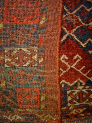 Turkmen Charshangu torba with 3 Ikat Guls, Middle Amu Darya region, late 19th century. 50 x 16 inches (125 x 41 cm). Madder reds and a bright red that may be synthetic  ...