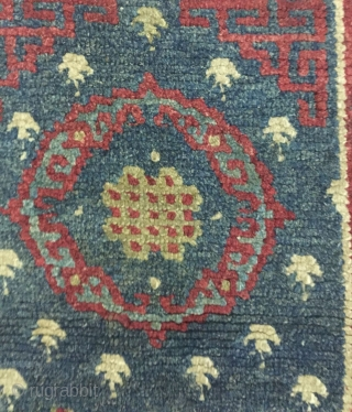 Tibet, carpet, circa 1800 s, size 194 cmx70cm, all wool, welcome the attention