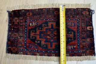 Beautiful collectors early baluch small bagface fragment 20 x 36 centimeters