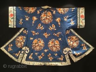 Chinese silk Coat  Size:133x103 Cm