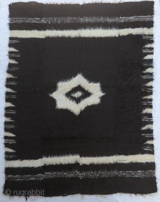 "Anatolian Goat Hair Siirt Blanket Size:154 x204 Cm         5'2x6'9"""