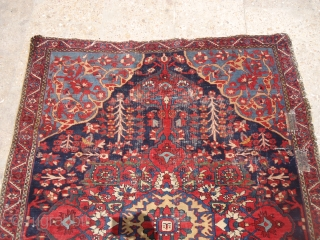 "Beautiful early Farahan Rug with great natural colors and very nice design,good weave.Some condition issues.Size 4'9""*3'6"".E.mail for more info and pics."