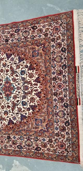 Isfahan, signed Master Weaver Sairafian, 4.9 x 7.7, 850 KPI,in Mint  condition.