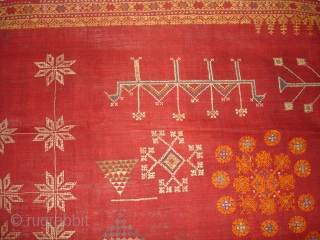 Hand Embroidery(Wool)Odhani Probably From Shekhawati District of Rajasthan.India.known As Lugari.Its Size is 125cmx210cm(DSC00885 New).