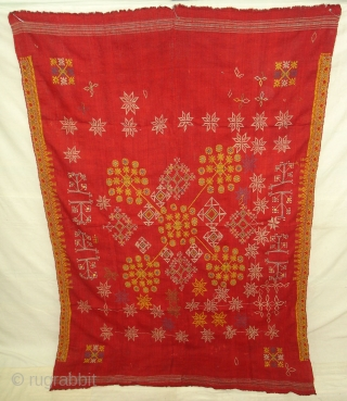 Hand Embroidery(Wool)Odhani Probably From Shekhawati District of Rajasthan.India.known As Lugari.Its Size is 130cmx195cm(DSC00904 New).