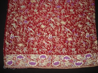 Chakla-Chakli Nu Jhablu, Parsi Jhabla(Blouse)From Surat Gujarat India.This kind of Jhabla's were embroidered by Chinese artisans in the town of Surat in Gujarat for the Parsi women of that region.The Parsi's are  ...
