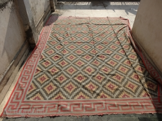 Jail Dhurrie (Cotton)Blossom Dhurrie with stepped Diamonds Design with key Border from Gujarat.India.Its size is (Big Size) 280cm x 360cm. C.1900.Its only used for some Festival time(DSC02154 New).