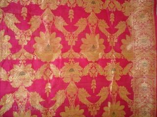 Dupatta handwoven fuchsia silk with zari (Real Silver) from Varanasi, Uttar Pradesh , India. c.1900. Good condition. Its size is 175cmX295cm(DSC06349 New).