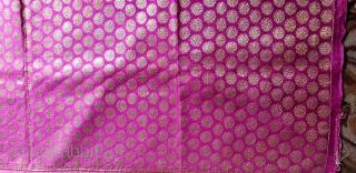 Zari (Real Zari) Brocade Khinkhab Thaan (Yardage) from Jamnagar Gujarat, India. Beautiful Buta Design work in the middle. C.1900.Its size is 88cmX440cm(20181114_124349).