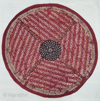 Block-Print table cloth round(Cotton), Probably From Sidhpur Patan, Gujarat Region of western India. India.C.1900.Its size is 90cmX90cm(DSC06295).