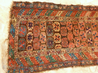 Antique Kurde, 300 x 90, very good pile, natural colors, redone fringe and borders.