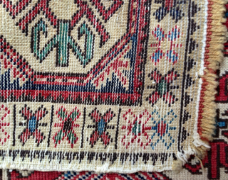 Very Fine and Lovely 19th Century Shirvan Bag 46x52 cm
