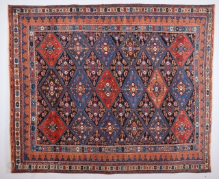 Colorful Persian Avshar Rug with good condition and untouched one size 175 x 210 cm