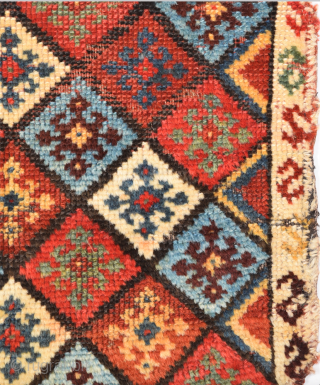 19th Century Qashqai Colorful Bag Size 44 x 53 cm It has really good shiny wool.