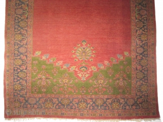 This particular piece is made as an example by Mahal weavers to show to Ziegler company located in Manchester their quality and to start a long term business.  Ziegler-Mahal Persian. Antique. Collector's item,  ...