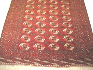 Tekke Boukhara Turkmen, semi antique, 232 x 270 cm, carpet ID: LUB-1 High pile in perfect condition, both edges are finished with 2 to 4 cm kilim, in its original shape.