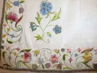 18th cent. French/English? silk embroidered apron, fine, detailed, gorgeous work, incredible colour freshness, 60 x 85 cm, 24 x 33 inch.