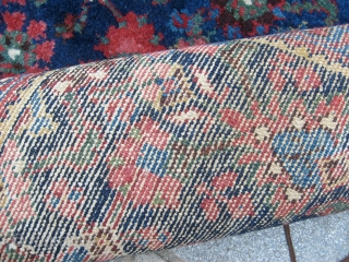 633 x 81 cm. An antique runner of Malayer. Very-very good condition. Elegant natural dyes upon an heraty design. Antique carpet but... new carpet for conditions! Elegant watered blue field. Very fine knot.  ...