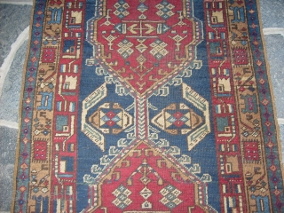 485 x  101 cm is the size of this antique runner SARAB-Azerbaijan-Persian carpet.