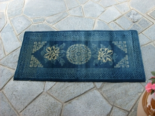 131 x 60 cm is the size of this antique INNER MONGOLIAN chinese carpet.