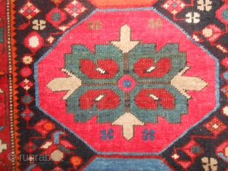 SIZE  cm. 370 x 170 cm