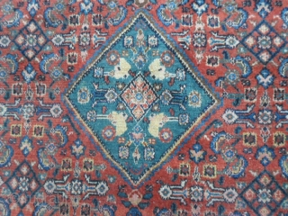 Antique extra fine knot carpet knotted in the Persian district of SERABAND.  All original piece in very good condition. Shiny wool. Other info or photos on request.  WARM GREETINGS   from COMO ! . Maurice