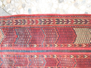 134 x 114 cm
