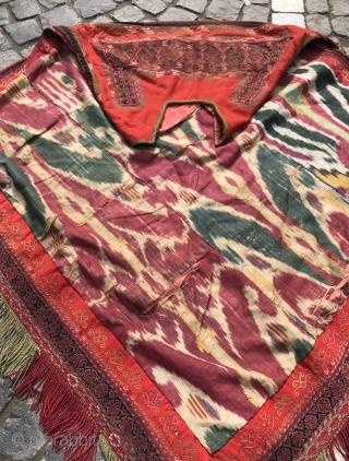 Married woman's headdress, karakalpak headdress, wedding handmade coats, vintage ikat headdress, rare collection uzbek arts textile  Size: 130 cm x 120 cm