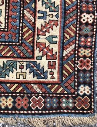 Fine Caucasian Kuba rug in mint condition  - 3'8 x 5'0 - 112 x 150 cm.