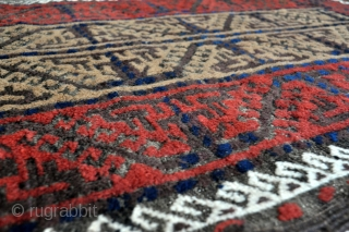 Nice little Baluch rug with fluffy pile - 2'7 x 3'11 – 78 x 120 cm.