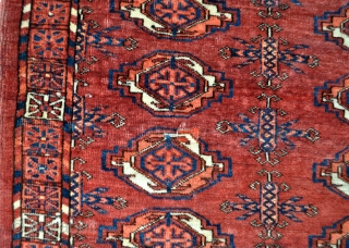 16 Gul Tekke Turkmen chuval - late 19th c. - 3'9 x 2'2 - 114 x 66 cm. some silk highlights towards the top! - reasonable price, please ask!
