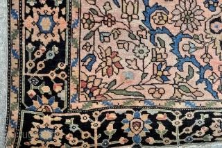 Antique Sarouk Feraghan rug - 3'4 x 4'8 - 101 x 141 cm.