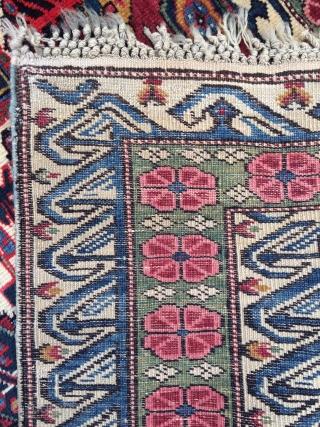 Caucasian Seychur Kuba rug - 4'5 x 5'8 - 135 x 172 cm.