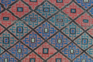Beautiful and rare Baluch rug with unusual Camel border and Graphic field drawing, symmetrically knotted - 3'3 x 5'10 – 99 x 178 cm. with kilim ends.