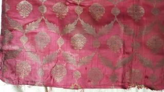 A fine fragment of  Safafid textile. 75cmx50 cm. at least 18th c or earlier