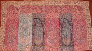 Antique Kashmir shawl fragment panel. 122.5 x 64.5 cm.