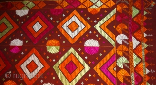 Antique phulkari, bagh, Punjab India