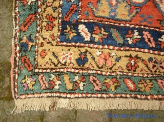 Northwest Runner. 3 ft 2 in x 10 ft. Azerbeijan? Interesting rug with Perepedil design. Thick and floppy with wool foundation. Mint condition.  The $30 for UPS shipping to lower 48