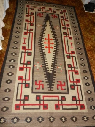 "Very nice 1900's to 1920's Navajo rug measuring 4'2""x 7'6"" mint condition.  Thanks for looking."