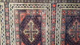 Very old balochi lateef khani with good rich colors. Size 203x98 cm