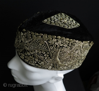 "India or Pakistan silver embroidered hat. Silver embroidery on velvet. Size: 3.5"" - 9 cm wide and 10.5"" - 27 cm long and 4"" - 10 cm high."
