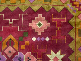 """European (From where ?) very fine silk cross stitch embroidery textile. Some very small stains. Size: 13.1"""" x 16.7"""" - 33.5 cm x 42.5 cm."""