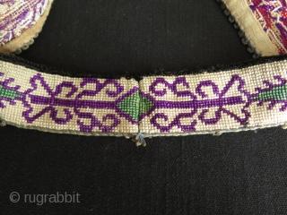 "Uzbekistan Lakai silk cross stitch embroidered collar. Size: 3.5"" x 45.5"" - 9 cm x 116 cm."