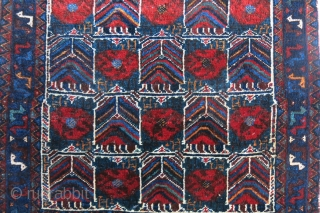 Afshar large size bag face - Garden design. Saturated colors silky pile, couple little old moth damage and small corner wear.(can be repaired before shipping for a reasonable cost)