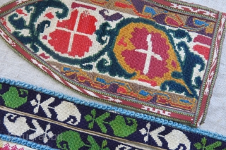 Uzbek and Tajik group of Lakai Iroqi embroidery pieces. Pair of cuffs, and fragmant of a collar and two small pieces. They all have good age 1920s or so