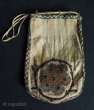"Ottoman bag & pouch. Metallic and silk embroidery on linen. Size: 5.9"" x 9"" - 15 cm x 23 cm."