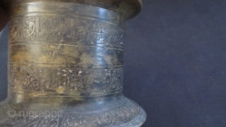 Ottoman bronze mortar with Kufic inscriptions. Almost 6.Kg. In fairly good condition. Circa 17-18th centuries or earlier.