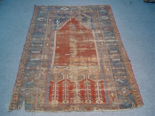 LADIK PRAYER RUG -  180   X 120