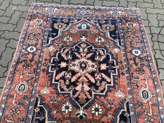 Antique Persian Heriz rug, small size: 190x140cm / 6'3''ft x 4'6''ft