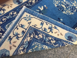 a lovely small antique Chinese Peking rug, beautiful blue ground color, size: 175x95cm / 5'8''ft x 3'1''ft